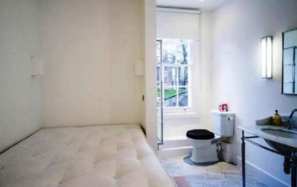 В Лондоне сдается квартира с унитазом в спальне