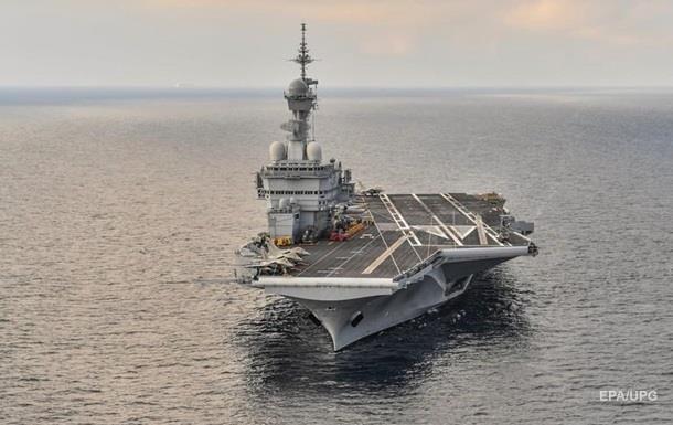 Франция отправит атомный авианосец на Ближний Восток