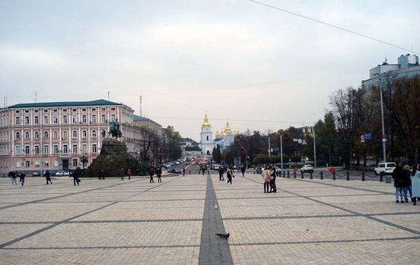 У центрі Києва відновили рух транспорту після свят