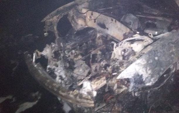 Во Львове сгорело СТО с машинами