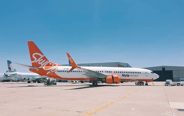 SkyUp приостанавливает полеты в ОАЭ