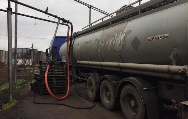 Податківці  накрили  виробництво спирту з домішкою метанолу