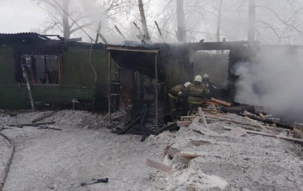 При пожаре в России погибли 11 человек
