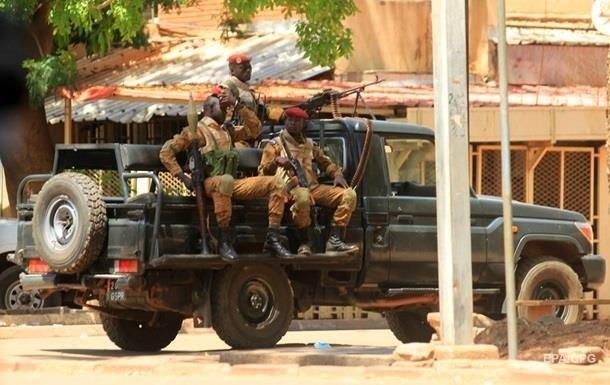 В Буркина-Фасо боевики убили 36 мирных жителей