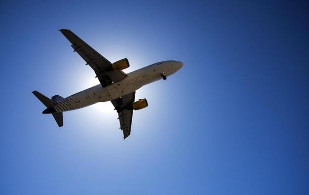 Пассажирский Boeing экстренно сел в Румынии