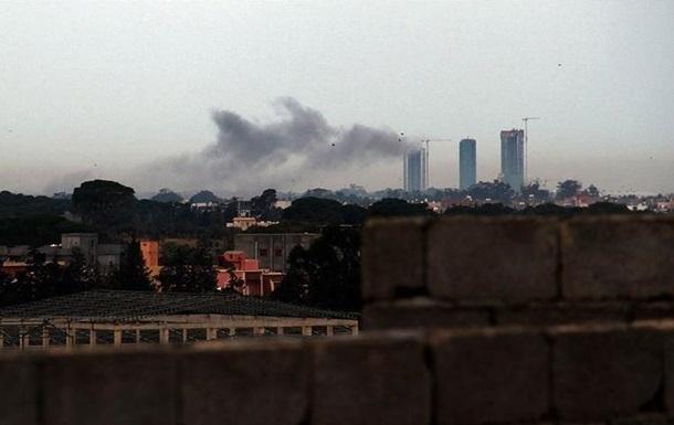 Аеропорт Триполі обстріляли з Градів
