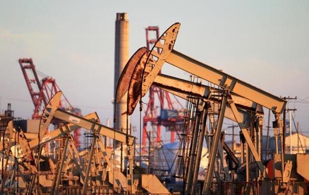 Нефть продолжает падение на новостях из Китая
