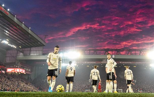 Манчестер Юнайтед выплатит более 20 тысяч евро за поведение своих игроков