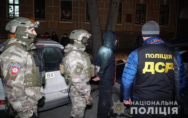В Тернополе владелец спортклуба организовал банду наркоторговцев
