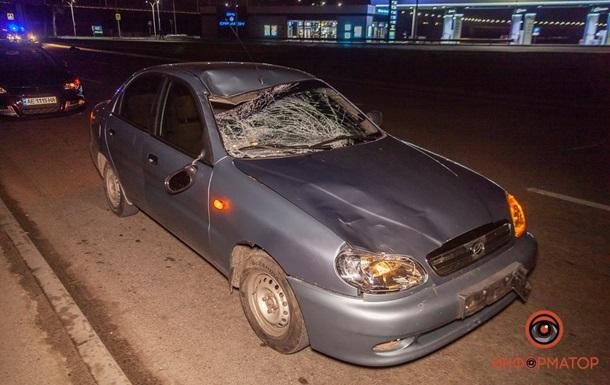 В Днепре авто насмерть сбило двух человек