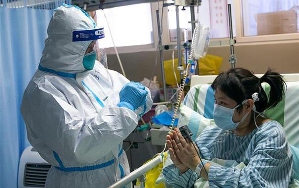 Китай стежить за можливими мутаціями коронавірусу