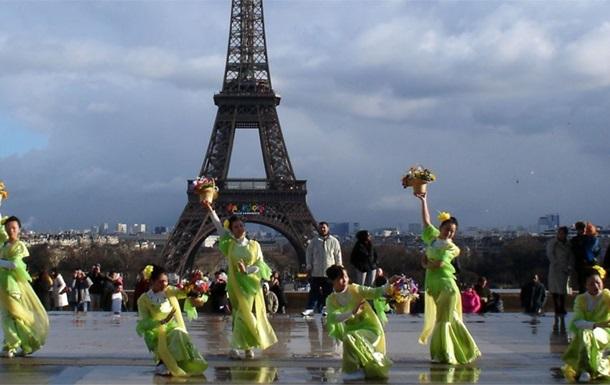 У Парижі і Римі скасували святкування китайського Нового року