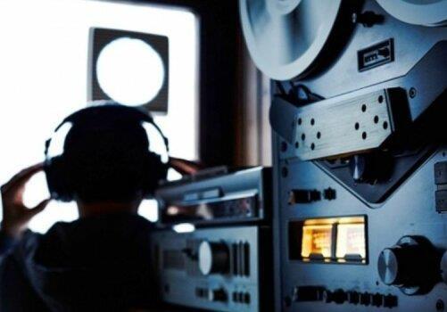 В Днепре частные детективы незаконно прослушивали телефоны