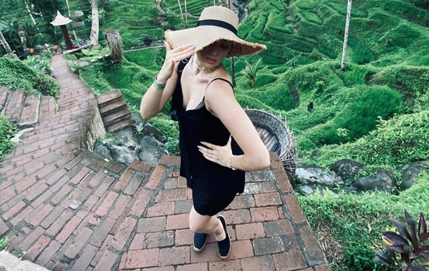 MARUV поделилась фото с отдыха и нарвалась на критику