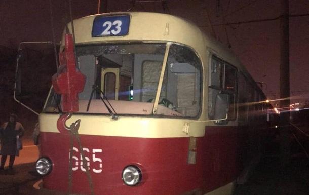 В Харькове трамвай сбил насмерть мужчину