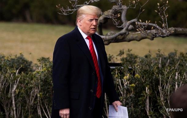Белый дом запретил экс-советнику Трампа публиковать мемуары