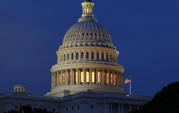 Дефіцит бюджету США перевищить трильйон доларів - прогноз