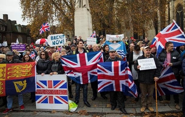 Украина ввела временный безвиз для британцев