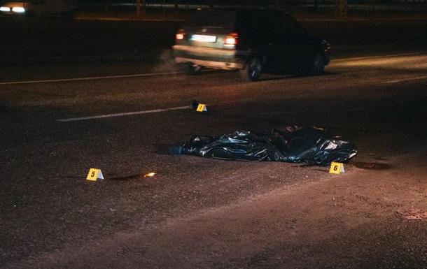 В Киеве водитель насмерть сбил пешехода и скрылся