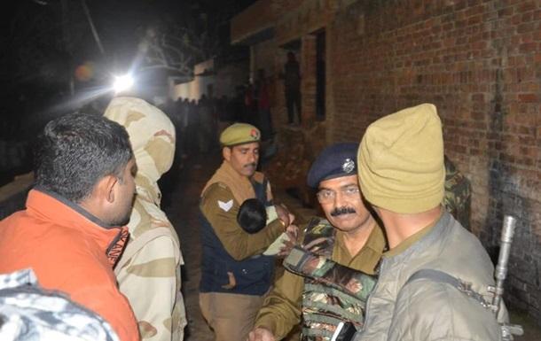 В Индии застрелили мужчину, взявшего в заложники более 20 детей