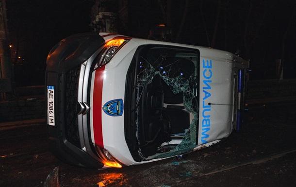 В Днепре  скорая  попала в ДТП, есть пострадавшие