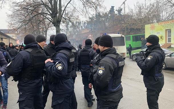 У мечети Киева провели рейд: задержаны 25 человек