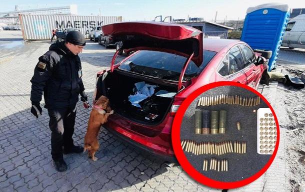 В одесском порту в машине из США нашли боеприпасы