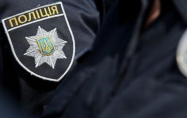 Во Львове пьяная женщина напала на полицейскую