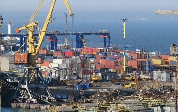 Внешняя торговля Украины ушла в минус на $12 млрд