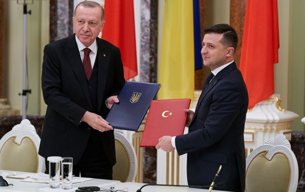 Зеленский призвал Турцию инвестировать в Украину