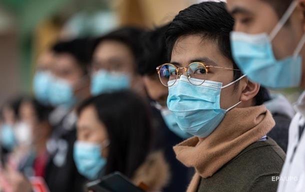 Число жертв коронавируса превысило 400 человек