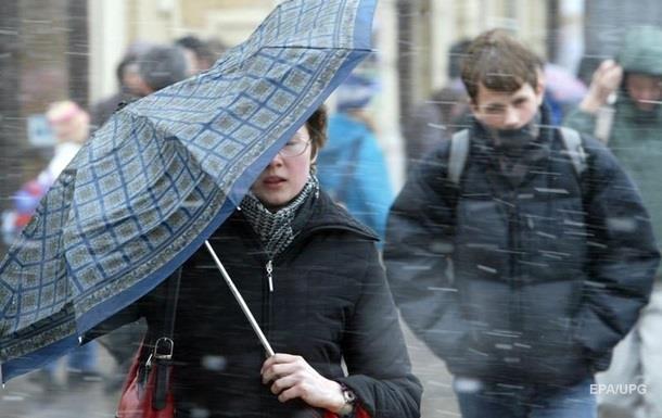 Украину накрыл штормовой циклон Petra