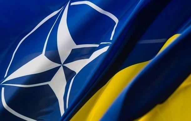 Кабмин принял нацпрограмму для интеграции в НАТО