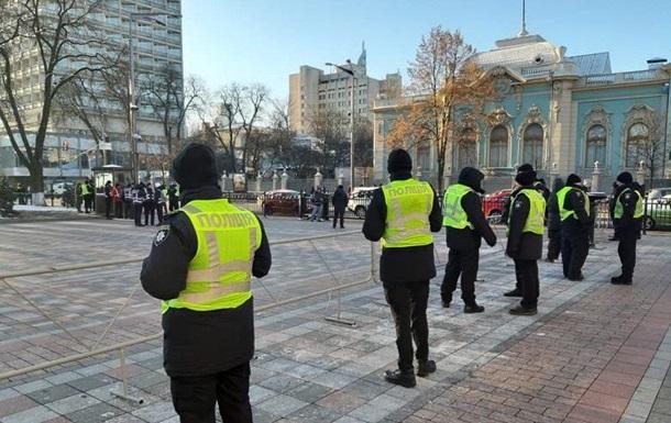 Полиция усилила меры безопасности в центре Киева