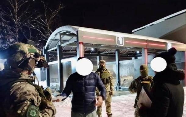На Прикарпатье задержали группу сутенеров