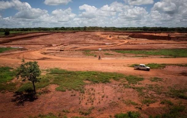 В Мозамбике 11 человек погибли на шахте по добыче рубинов