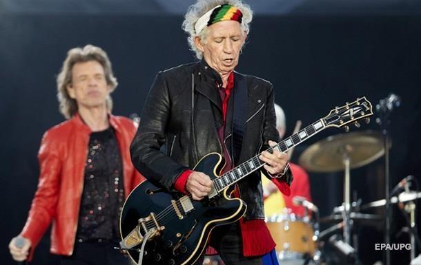 Гитарист Rolling Stones Кит Ричардс бросил курить в 75 лет