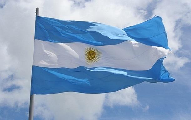 Аргентина отказалась платить долги МВФ до выхода из рецессии