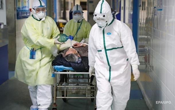 Число жертв коронавируса в Китае превысило 870