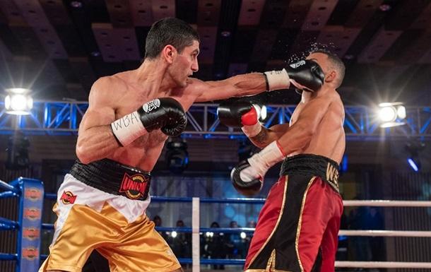Промоутер Далакяна подтвердил диагноз перелома руки у боксера