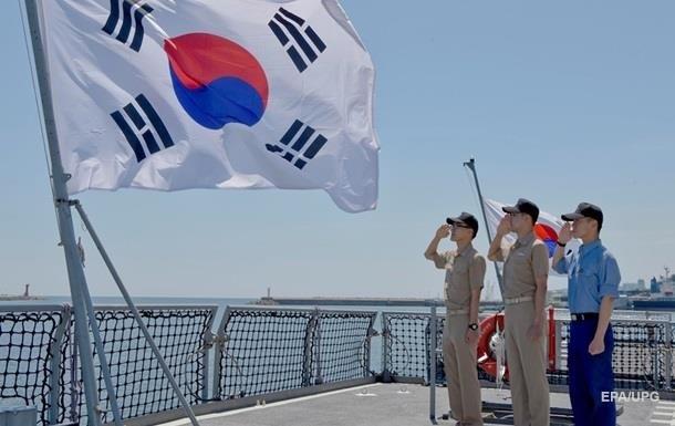 Южная Корея из-за коронавируса закрыла порты для нескольких судов