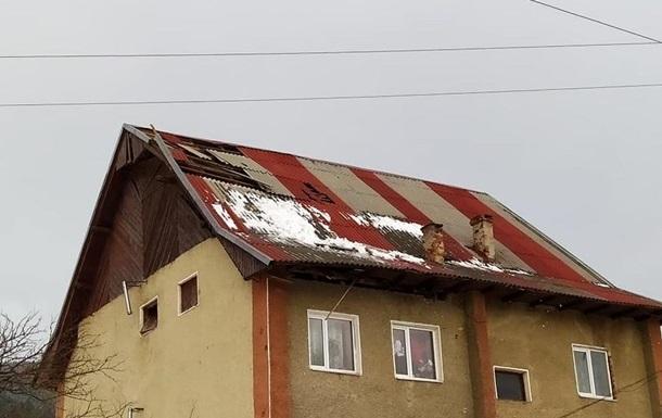 На Прикарпатье без света остались 45 населенных пунктов