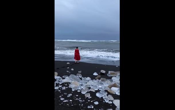 Савченко искупалась в Ледовитом океане
