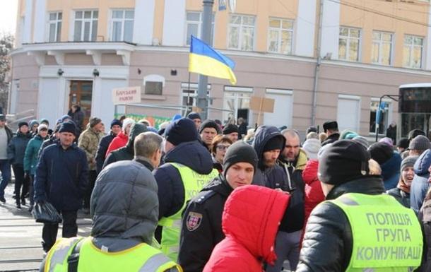 В Виннице протестующие перекрыли движение в центре
