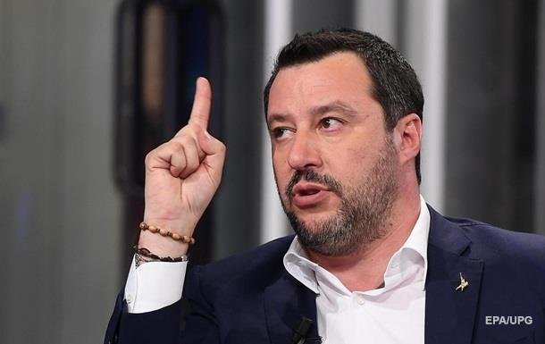 Экс-главу МВД Италии лишили депутатской неприкосновенности