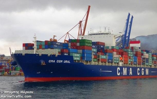 В Одессе ждут китайский контейнеровоз с переболевшей командой