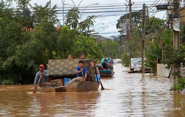 В Боливии из-за сильных дождей погибли 17 человек