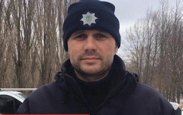 В магазине Полтавы полицейский реанимировал мужчину