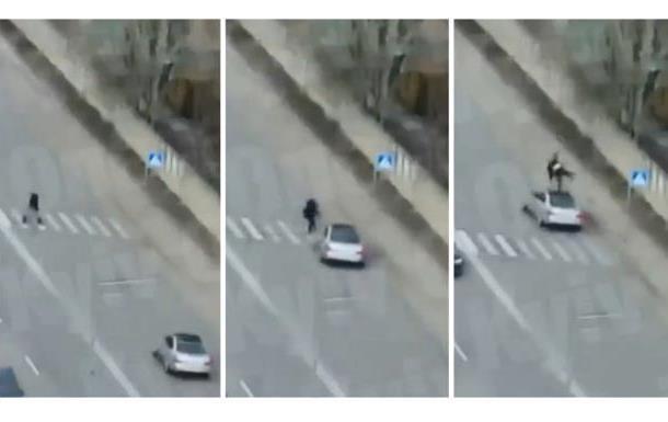ДТП у Києві: машина на швидкості збила пішохода на  зебрі