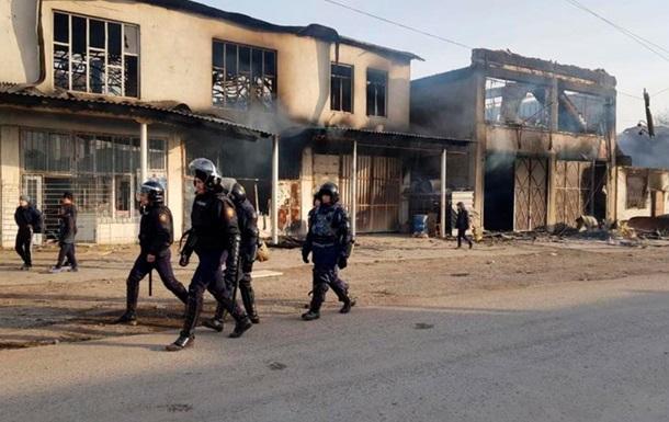 Из-за беспорядков в Казахстане пострадали почти 200 человек